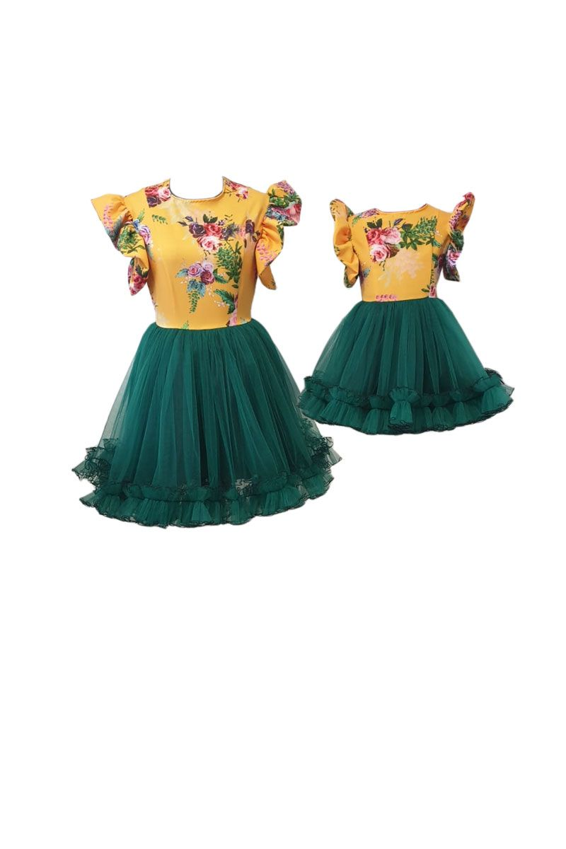 Set rochii pentru mama si fiica, Atelierul cu Minunatii,Triplu voal inflorat/ Tulle RO143 6ani, Mult
